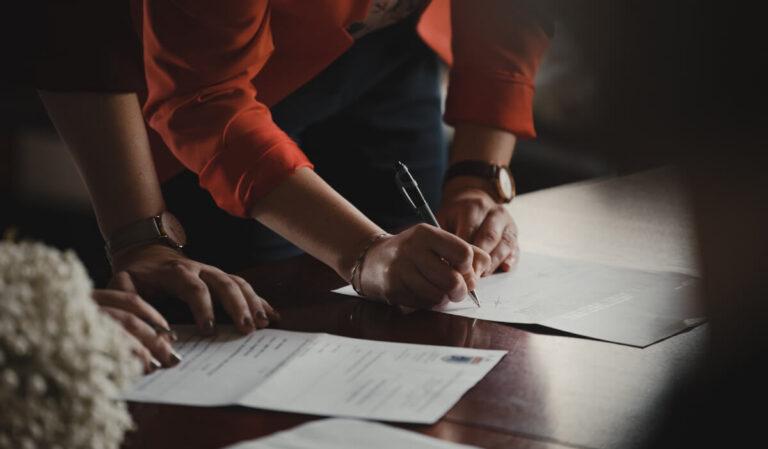 Certificado de empresa: qué es, solicitarlo y dudas en 2021